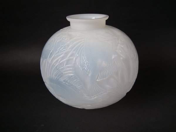 Object Of The Week Poissons Vase By Rene Lalique Lapada