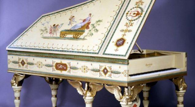 swan piano